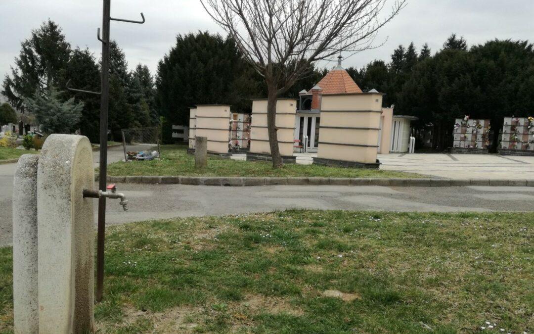 Kinyíltak a vízcsapok a pécsi temetőkben