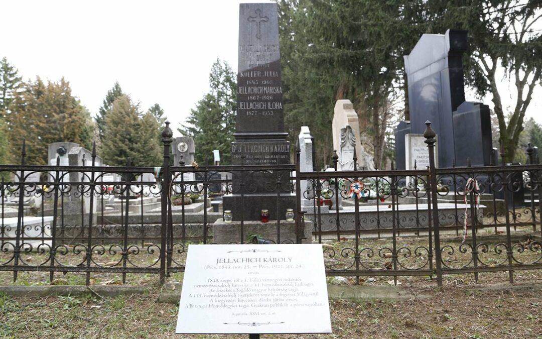 Újraindulnak a sírkerti séták  – avagy Magyar Hősök Emlékünnepe a Pécsi Köztemetőben